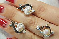 Женские серебряные украшения с жемчугом - кольцо и серьги