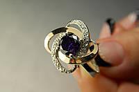 Шикарное серебряное кольцо с темным фианитом и золотом