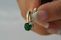 Серьги из серебра 925 с зеленым фианитом и золотыми вставками