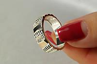 Кольцо из серебра 925 пробы с золотыми вставками