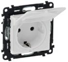 Розетка с заземлением, крышкой и защитными шторками IP44 Legrand Valena Life, белая