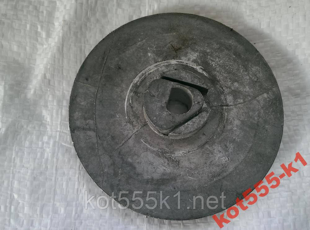 Тарелка стартера Урал (бензопила)