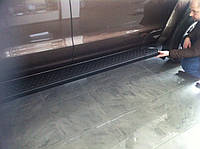 Volkswagen Amarok Боковые площадки Allmond Black (2 шт., алюминий)