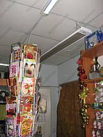 Тепловой барьер потолочным обогревателем
