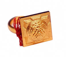 Кольцо Шри Янтра желтый метал (безразмерное)