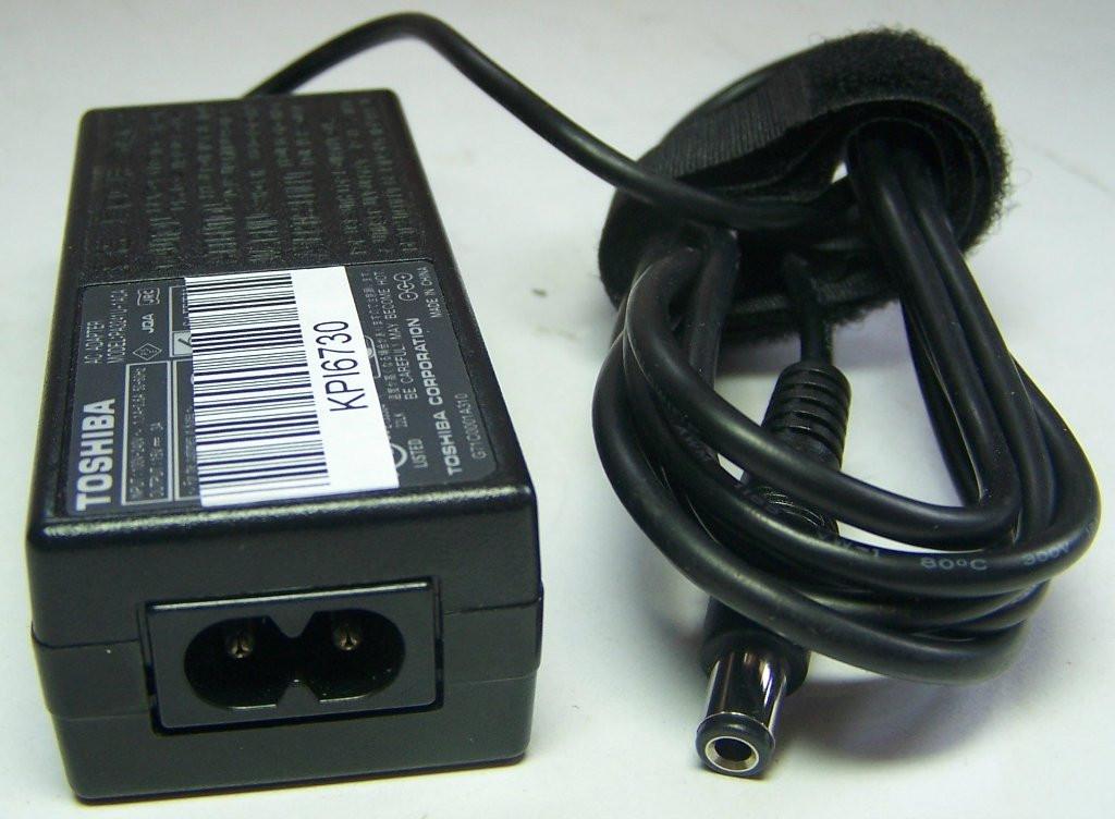 З/у PA3241U-1ACA 15V 3А Toshiba 2000 KPI6730