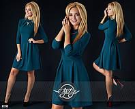 Бутылочное платье с колье