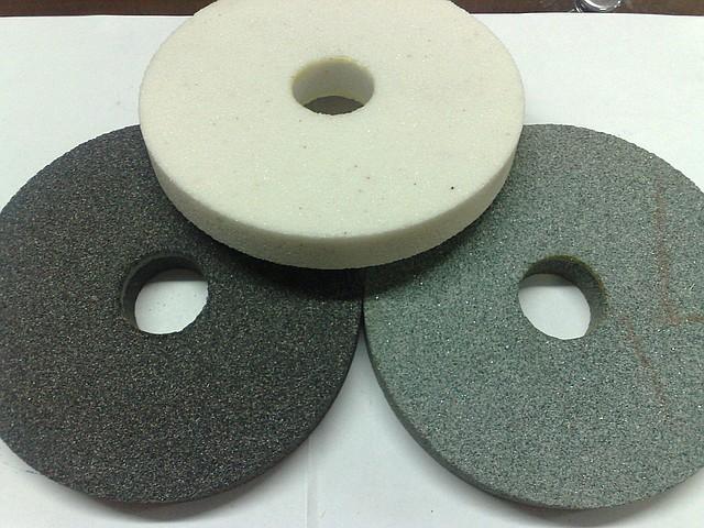 Круги абразивный (камень) 14А 125*20 вн. 32мм. малый белый