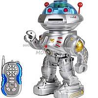 Интерактивный робот на радиоуправлении 9365A