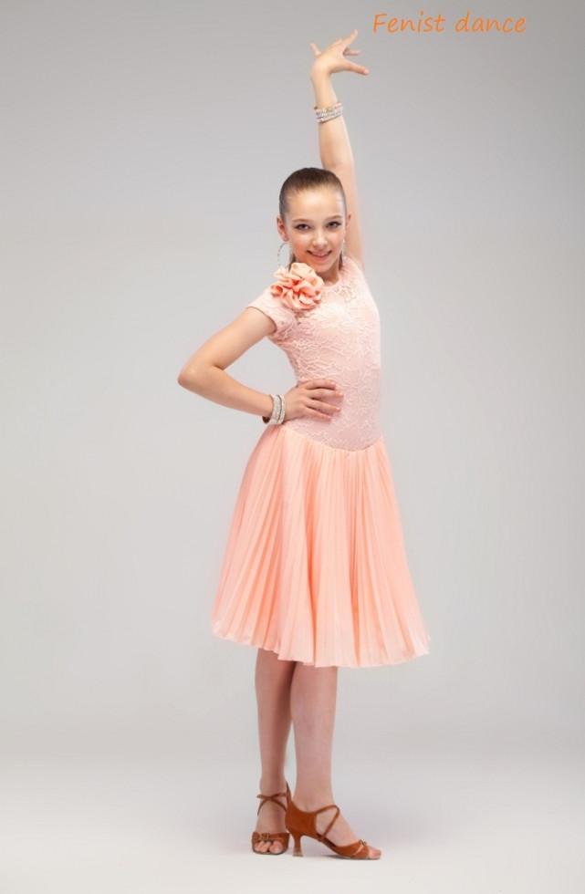 bc9703478bf Платье рейтинговое