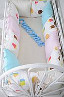 """Комплект бортиков в кроватку + простынь, """"Классик"""" Мороженое на всю кроватку"""