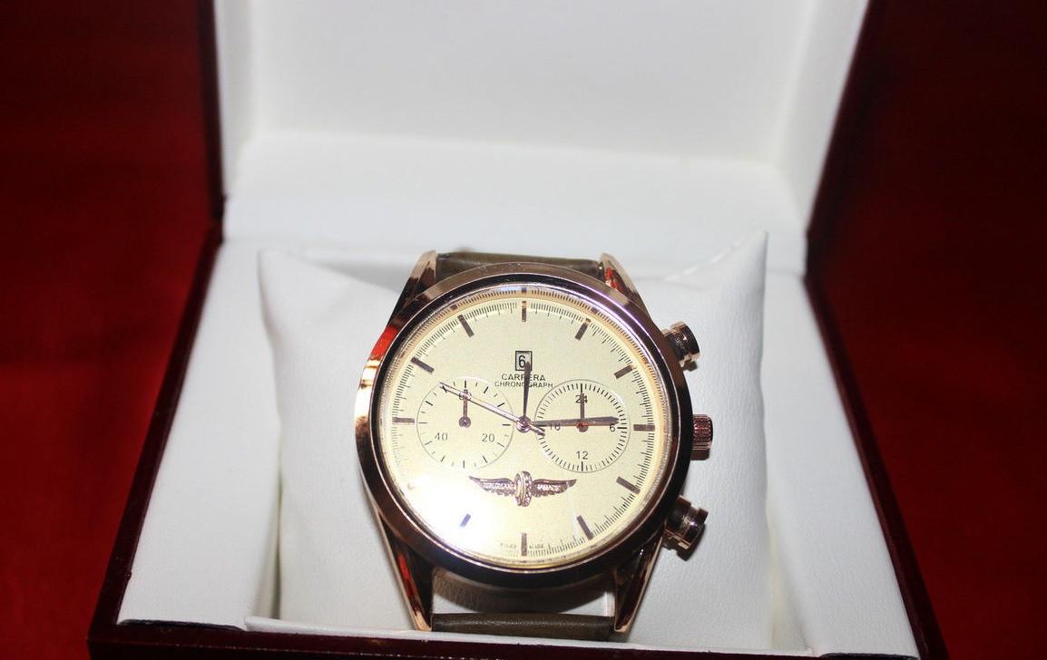 Стильные часы TAG Heuer Carrera Quartz Chronograp