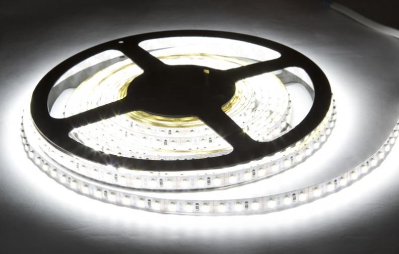 Светодиодная Led лента SMD 3528 на 120 диодов в 1-м метре, 9,6 Вт/1м, белый нейтральный цвет, не герметичная