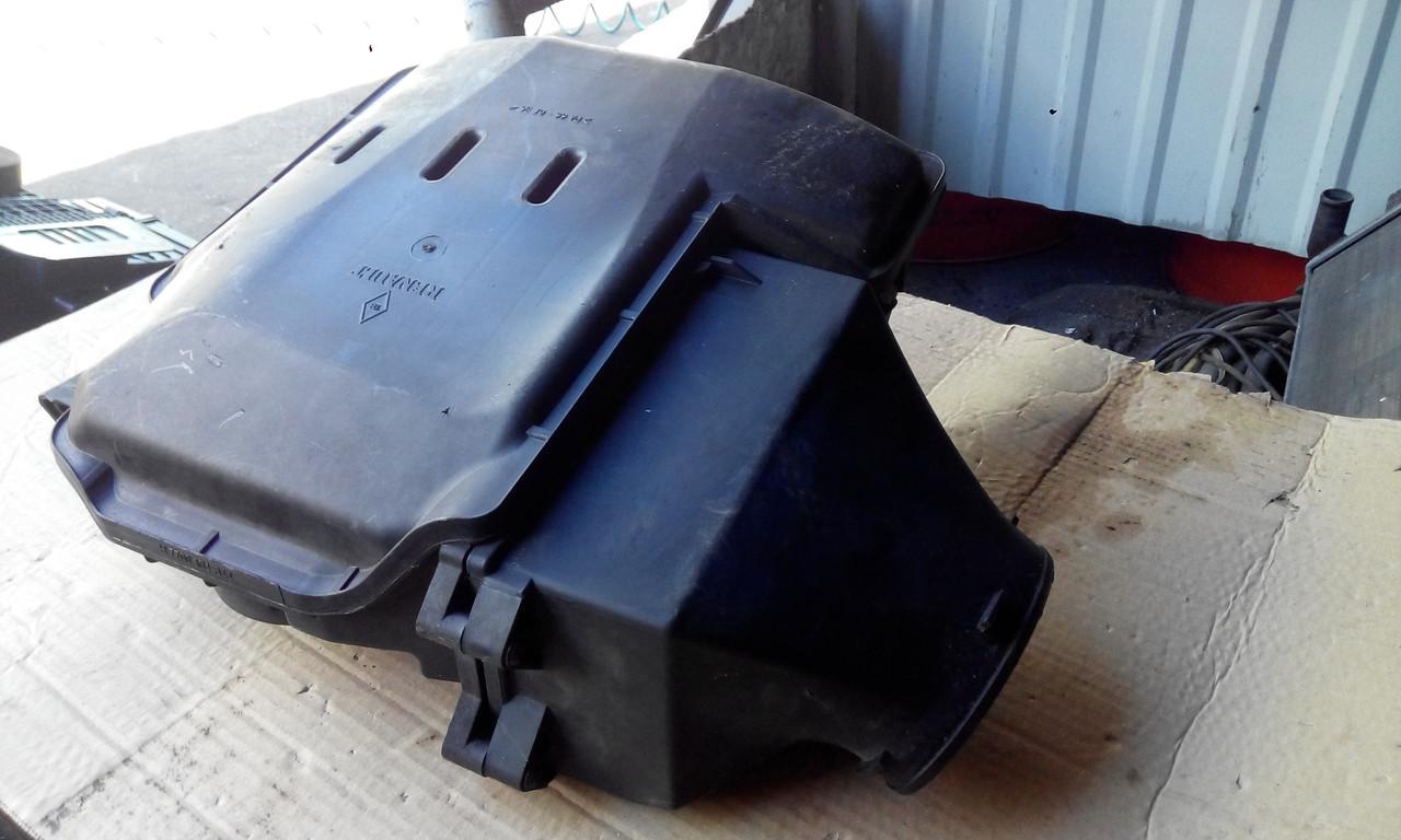 Корпус воздушного фильтра 1.6 16V Рено б/у