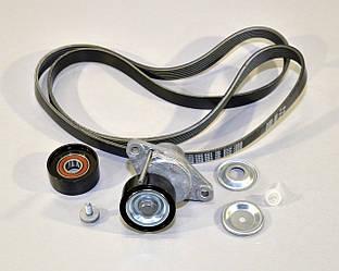 Комплект роликов + ремень генератора на Renault Dokker 2012-> 1.6 (+AC, PS) — Renault (Оригинал) - 117206746R