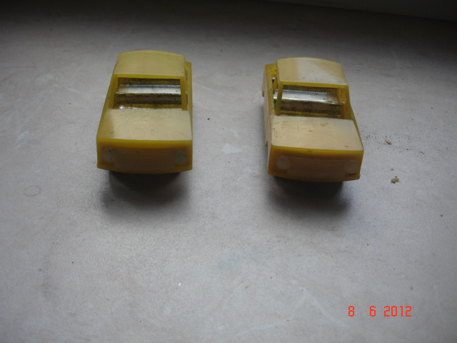 Игрушки машинки пластмассовые