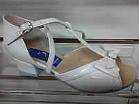Обувь для девочек блок-каблук  (белый лак) (р.18), фото 1