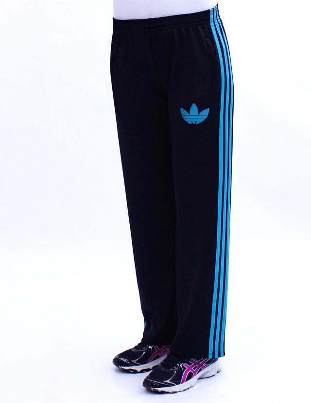 брюки спортивного стиля с голубыми полосками фото teens.ua