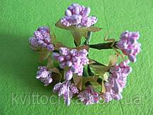 Тычинки с листочками розовые