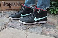Кроссовки женские Nike made in Indonesia, 40.5р.  длина по стельке - 26 см. Код: 340.