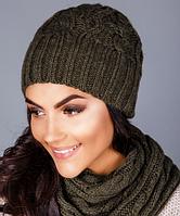 Красивый вязаный женский комплект - шапочка и шарф-петля 1223 (хаки)