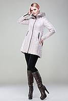Молодежная зимняя куртка расклешенного силуэта с капюшоном без меховой отделки