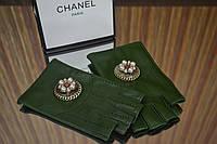 Перчатки (митенки ) Chanel зеленые