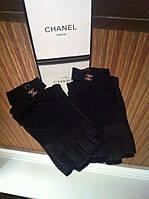 Перчатки (митенки ) Chanel черные с перехлестом