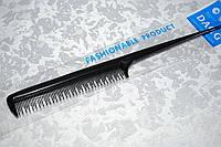 Однорядная расческа с чередующимися длинными и короткими зубчиками