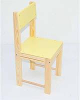 Детский стул из дерева желтый