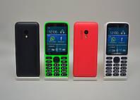 Мобильный телефон Нокиа 215 на 2 сим-карты