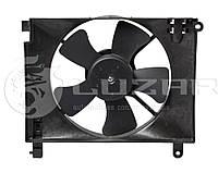 Вентилятор охлаждения радиатора Aveo (02-) с кожухом ЛУЗАР