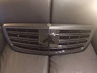 Решетка радиатора Maybach Brabus 900 на Mercedes Benz S class W222