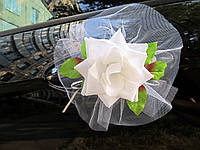 Белые цветы на ручки свадебной машины 4 шт/уп (163)