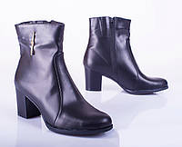 Женские кожаные полусапожки, черные