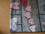 Лоскут ткани №110 серая с сердцами красного цвета , в стиле пэчворк., фото 2