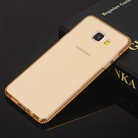 Силиконовый золотой чехол с камнями Сваровски для Samsung Galaxy A7 (2016)