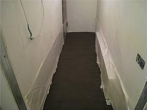Подготовка основания в длинном коридоре