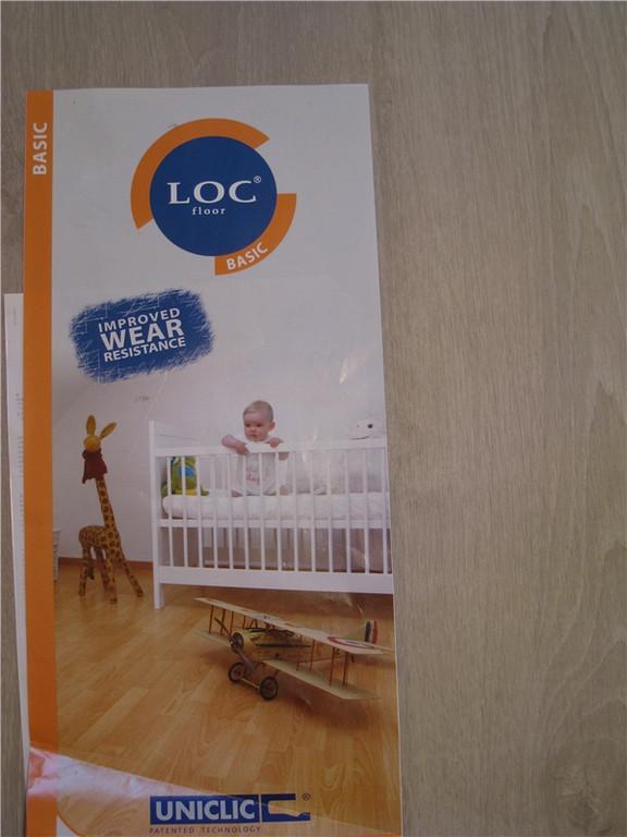Этикетка от ламината Loc Floor Basic.