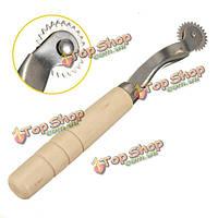 Leathercraft ткани трассировка зазубренные колесо швейная инструмент с деревянной ручкой