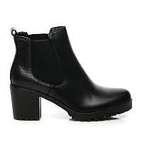 Женские ботинки черные на устойчивом каблуке