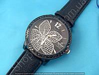 Часы Omax OAS017 114297 черные с серебром женские на ремешке диаметр 4,5 см кварцевый механизм Япония