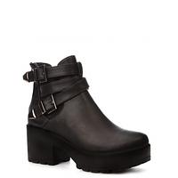 Черные женские удобные ботинки
