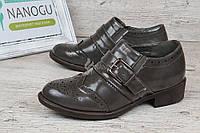 Туфли женские серые лакированные закрытые на каблуке Agata, Серый, 36
