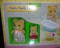 Игровой набор Sylvanian Families Babe Bath tame Мама  Медведь + ребенок и аксессуары