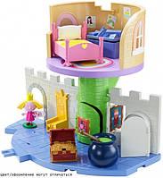 """Игровой набор """"Маленькое королевство Бена и Холли"""" - Волшебный замок (замок с мебелью, фигурка Холли) 30979"""