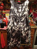 Платье серо белое атлас 16-18р 50-52 XL стильное