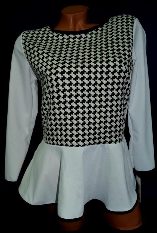 Туніка кофта светр біла з сірим XS 8 йде на наш 42-44р пр-во ІТАЛІЯ