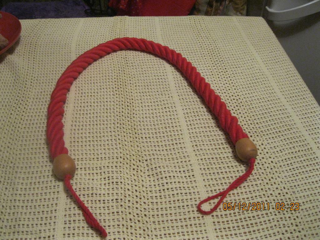 Красный массажер хлопок веревка дерево или игрушка