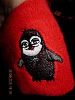 Повязка махровая красная рука напульсник пингвин